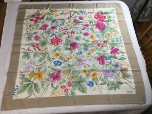 GUCCI Vintage Floral Silk Scarf Made in Italy