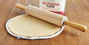 "Set Of 2 Plastic Zippered Pastry Dough Round Pie Crust Maker Bags - 11"" and 14"""