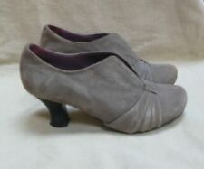 Hush Puppies grey suede vintage style heeled court shoes size 4