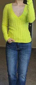NEW AMERICAN EAGLE Yellow V Neck Long Sleeve Cable Knit Soft Long Sweater Small