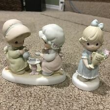 Lot of 2 Precious Moments Figurines without boxes - Friendship Theme