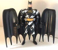 1993 LIGHTNING STRIKE BATMAN Vintage Toys Bat Cape Action Figure DC Comics