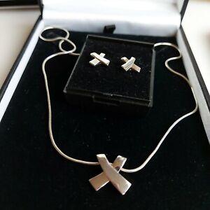 Sterling Silver Ribbon Kiss Cross Pendant Necklace & Matching Earrings 11.3 Gram