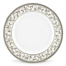 Assiettes de table en argent