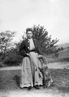 Antique Hunting Photo ... Woman w/ Rifle Holding a Fox ... Photo Print 5x7