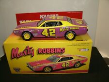#42 MARTY ROBBINS 1975 DODGE CHARGER 1/24 BEAUTIFUL ACTION CAR