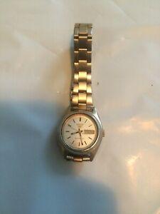 [READ DESCRIPTION] Gold Tone Seiko 5 Women's Automatic Watch - Works