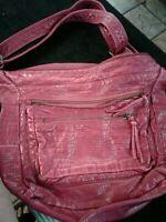 BUENO fake Alligator Handbag lots of compartments. Large adj strap
