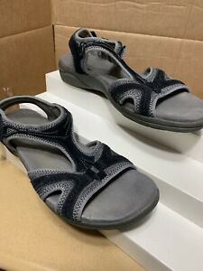 Clarks Black Gray Sports Sandals Sz 8
