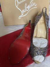 Christian Louboutin Brillo punta abierta zapatos talla 7... (40) o fiesta boda