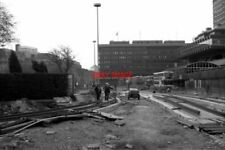 PHOTO  1991 METROLINK CONSTRUCTION DELTA JUNCTION MANCHESTER STANDING ON MOSLEY
