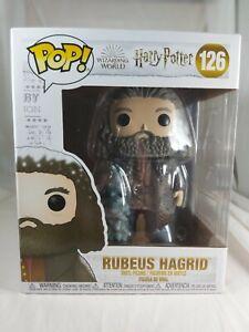Harry Potter Funko Pop - Rubeus Hagrid with Christmas Tree - No. 126