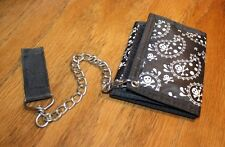 Tri fold skull wallet with chain (KR)
