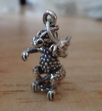 Sterling Silve 3D solid  20x15x10mm 4 gram Winged Dragon Charm!