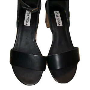Steve Madden Rubbie Black Leather Sandal Size 7.5M Brown Sole