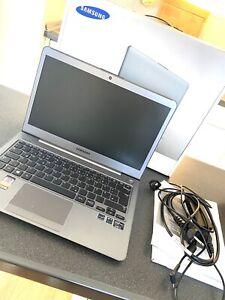 Samsung Serie 5 535U ULTRABOOK l 13 Zoll HD l SSD NEU l 4GB RAM l
