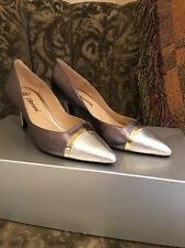 J Renee Silver Pewter Gold Heels Shoes New Size 6