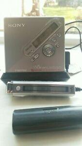 SONY WALKMAN MD RADIO MINIDISC PLAYER / RECORDER MZ-NF810 MINI DISC MDLP FM / AM