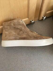 Frye Women's Lena Zip Low Sneaker Size 7M Tan