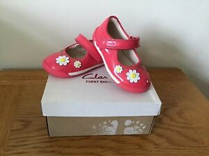 Clarks Baby Girls First Shoes Size 3 F Brand New