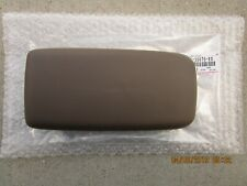 99 - 02 TOYOTA 4RUNNER CENTER CONSOLE ARM RESTERS LID OAK BROWN BRAND NEW