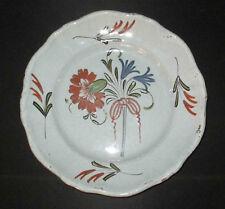 ancienne assiette en faïence bouquet de fleur Bourgogne XVIII ème