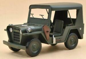 Retro Antique Military Jeep Model (1941 Army Jeep 1:12-scale )Handcrafted Figure
