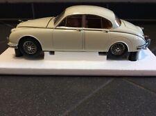Jaguar MK II, Mark 2, weiß, white, blanc, PARAGON 1/18 in OVP