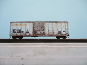ho weathered freight car athearn custom 50ft box car