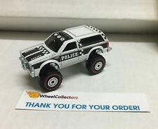 Chevy Blazer 4x4 White * LOOSE * Hot Wheels Heritage Series * W49