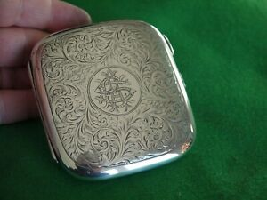 SUPERB ANTIQUE STERLING SILVER HM 1913 BY CS GREEN CUSHION SHAPED CIGARETTE CASE