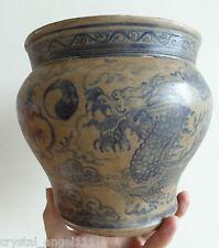 Antique 16/18thc Sawankhalok Blue Dragon & Pearl conçu crachoir vase