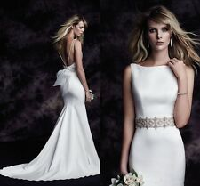 Royal White Open Back Chapel Train Wedding Dresses Beading Crystals Bridal Gowns