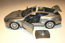 1/18 ASTON MARTIN V12 VANQUISH 2005 JAMES BOND 007 DIE ANOTHER DAY JOY RIDE