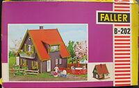 FALLER B-202 - Wohnhaus Einfamileinhaus - Spur H0 Eisenbahn Modellbausatz Kit