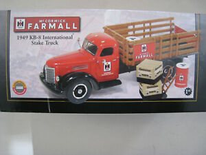 FIRST GEAR 1/34 INTERNATIONAL KB-8 STAKE TRUCK NIB NEVER DISPLAYED 19-2726