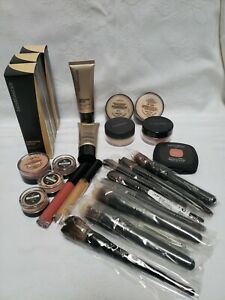 NICE Assortment 24  of New  Bare Minerals make up & brushes