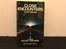 Close Encounters of the Third Kind Book Steven Spielberg 1st Edition 1977 Dell