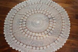 RARE VINTAGE 1940'S-1950'S COTTON HAND CROCHET LACE TABLE CLOTH 71 INCH DIAMETER