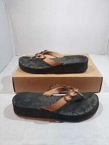 Clarks Women's Sandals Floral Wedge Flip-Flops Brown & Black Size 9M