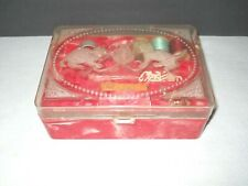 Hommer Mfg Vintage Kittens Cats Sewing Jewelry Box Plastic Marbled Jewelry Red