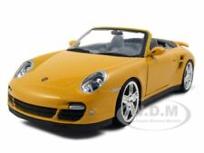 PORSCHE CARRERA 911 997 TURBO CABRIOLET 1:24 YELLOW BY MOTORMAX 73348