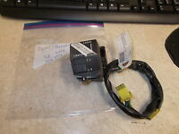 OEM Suzuki Left Handlebar Switch 1992 GSX750 37200-26E30
