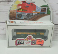 Bachmann N Scale Freight Cars 71550 41' Wood Stock Car Chicago & Northwestern