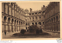 ST GERMAIN EN LAYE - La cour d'honneur du château  (H721)