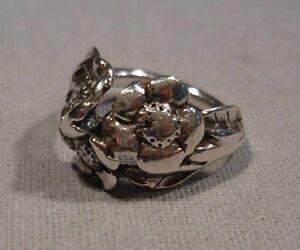 Ring , 925er Silber mit ausgearbeiteten Blüten , Ringgröße 52 , 5,5 Gramm /s13