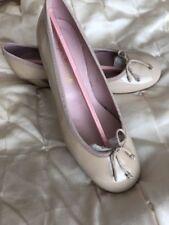 Patent Leather Court Standard Width (B) Heels for Women
