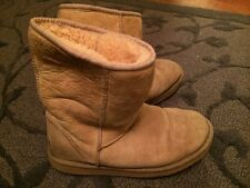 UGG Men'sclassic  Short Boots 5800 Size 8 Sheep Skin F8005c Beige