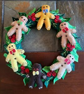 """Handmade 9"""" Wool Christmas CANDLE RING Six Gingerbread Man Holly & Berry Wreath"""