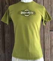 Nike Men's Medium Tshirt Green Short Sleeve 90's Early 2000's USA Swoosh